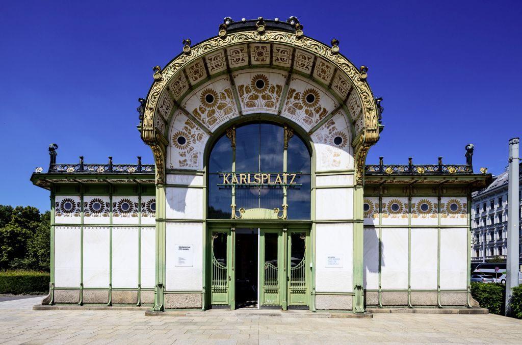 Otto Wagner's Stadtbahn Pavilion in Vienna